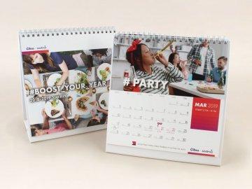 לוח שנה בחצובה קשה ממותג לעסקים